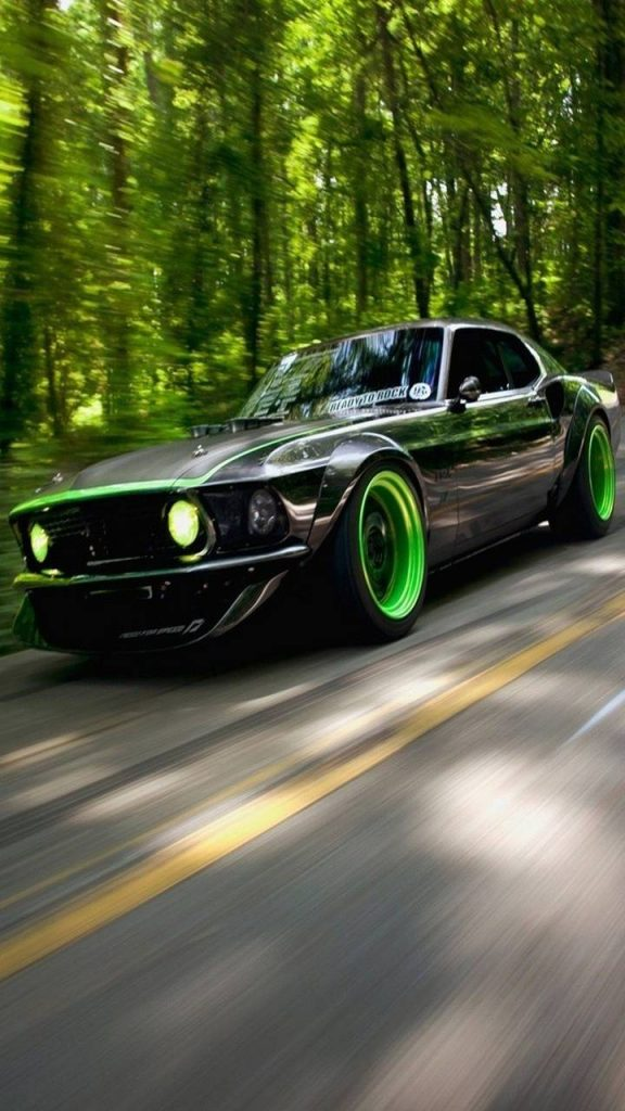 Car-Green-Other Wallpaper Background